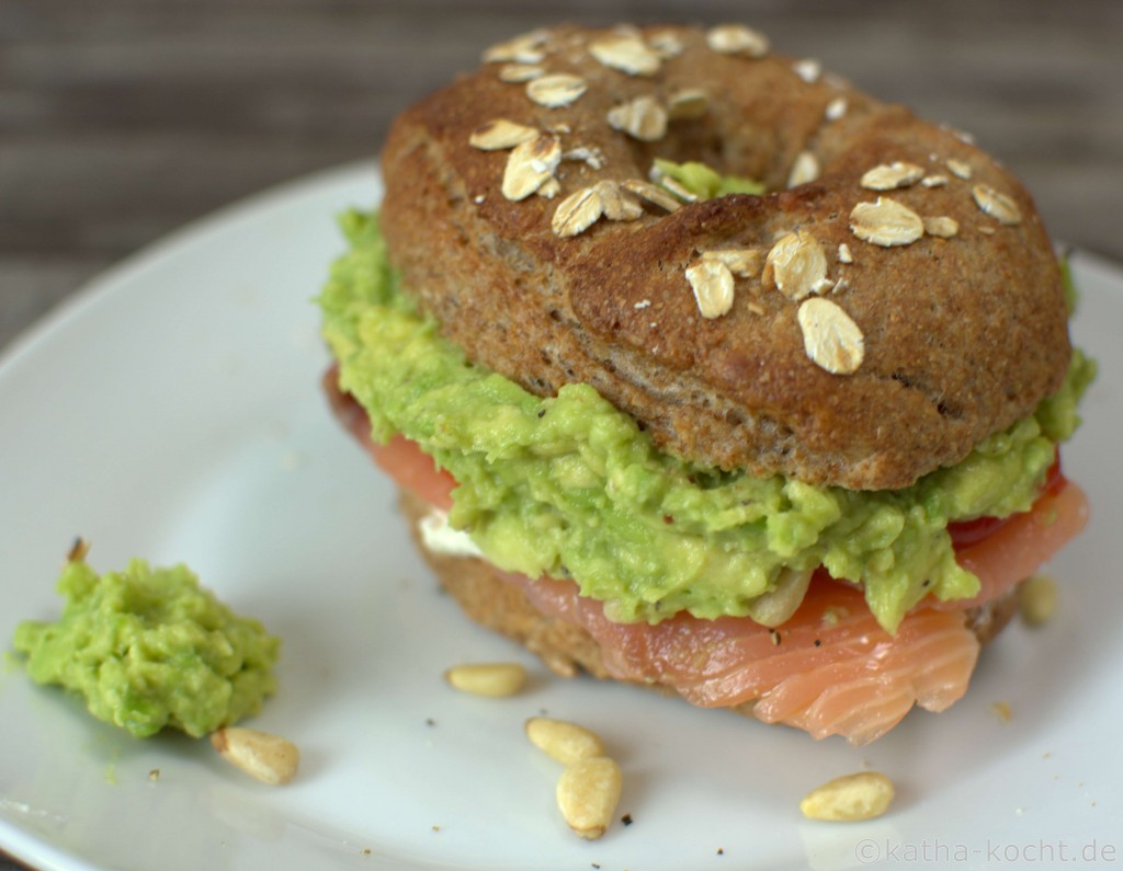 Lachs_Avocado_Bagel_ (1)