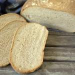 Saure Sahne-Dinkel Brot