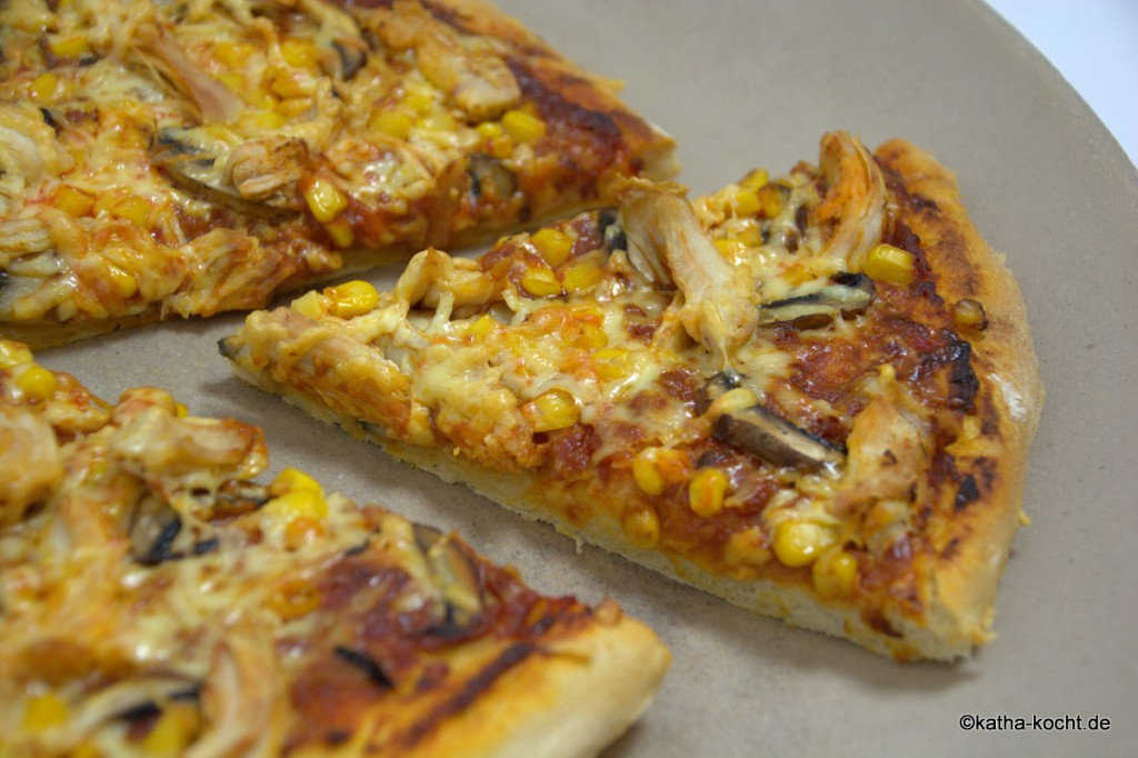 BBQ-Chicken_Pizza_ (5)