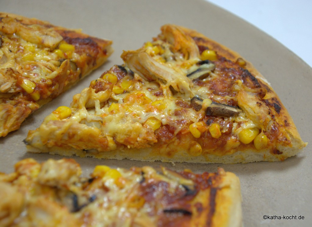BBQ-Chicken_Pizza_ (6)