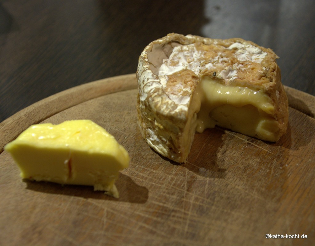 Hausgemachter_Käse_ (2)
