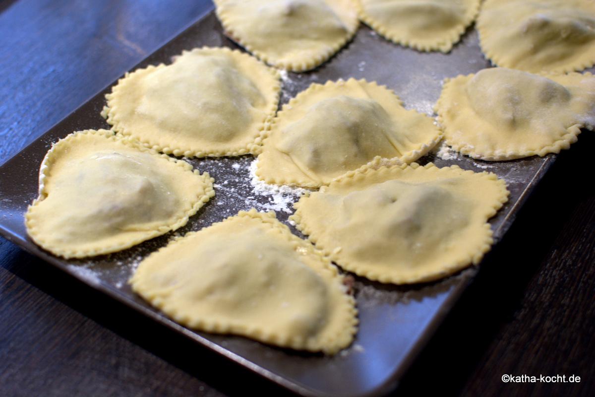 klare spargelsuppe kochen