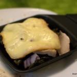 Raclette mit Bratenresten und Grünkohl