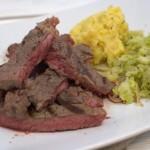 Steak_mit_Steckrübenpüree_und_Rosenkohl_ (5)