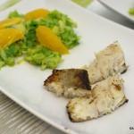 Auf der Haut gebratener Zander mit Rosenkohl-Orangen Salat