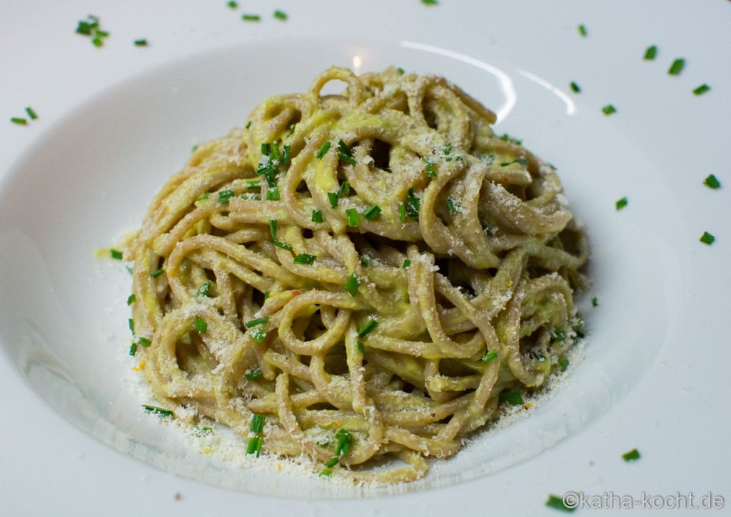 Dinkel_Spaghetti_mit_Avocadosauce_  (4)