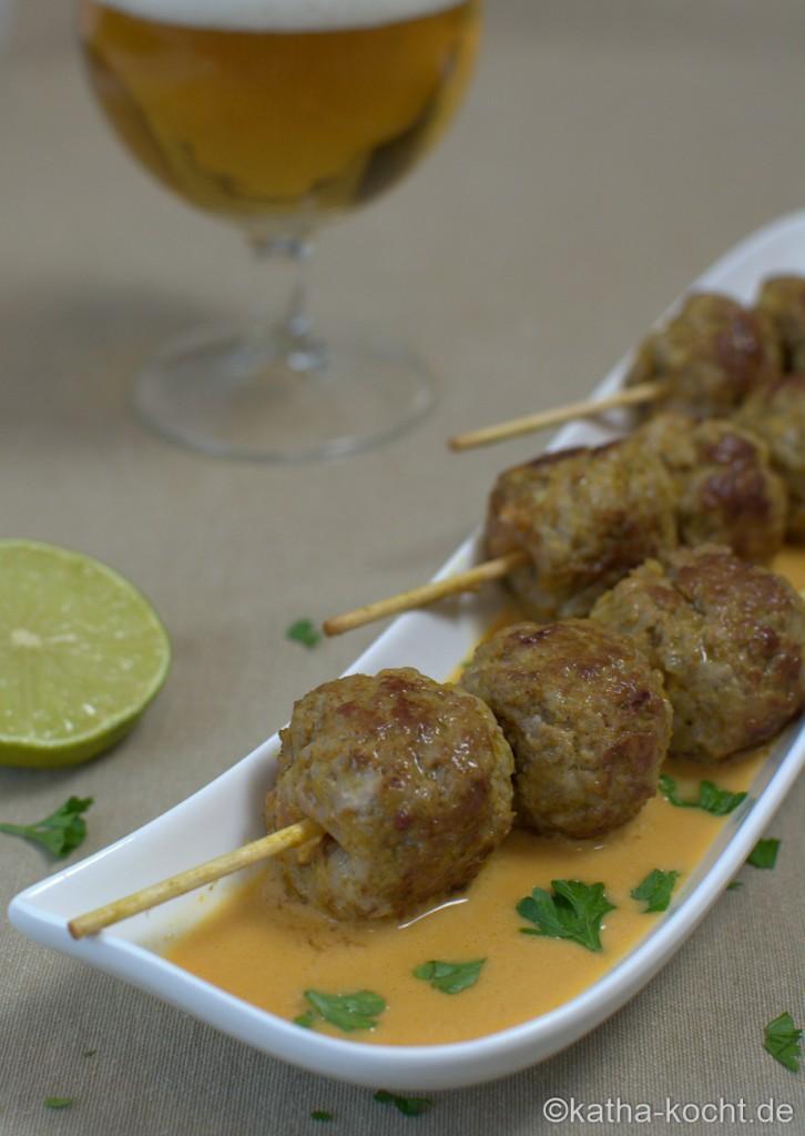 Curry-Wurst-Bällchen