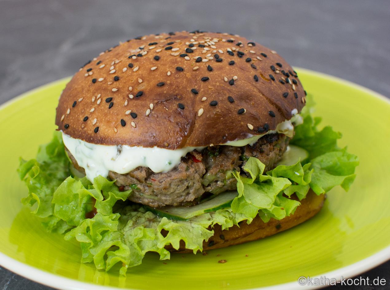 England_trifft_Asien_Burger_ (8)