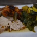 Krustenbraten vom Spanferkel mit Curry-Mangold