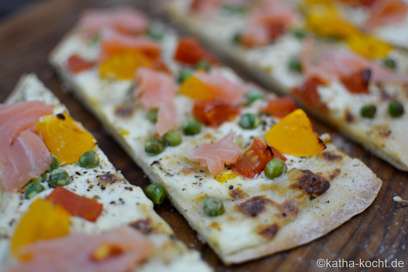 Pizzazunge_mit_Raeucherlachs_(2)