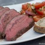 Rinder-Schäufle mit Tomatensalat