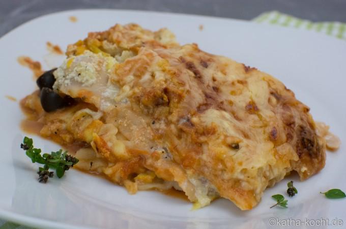 Fisch_Lasagne_mit_Zucchini_und_Tomatensauce_ (21)