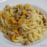 Spaghetti mit Zucchini und Brathähnchenresten