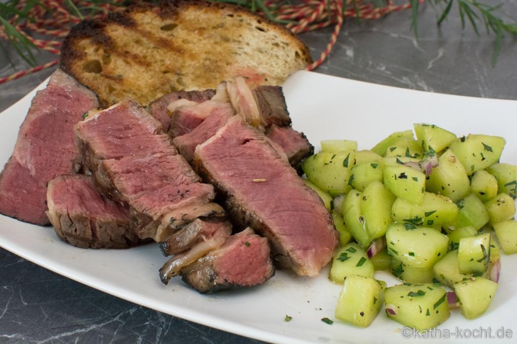 Steak_mit_Gurkensalat_und_Estragon_ (12)