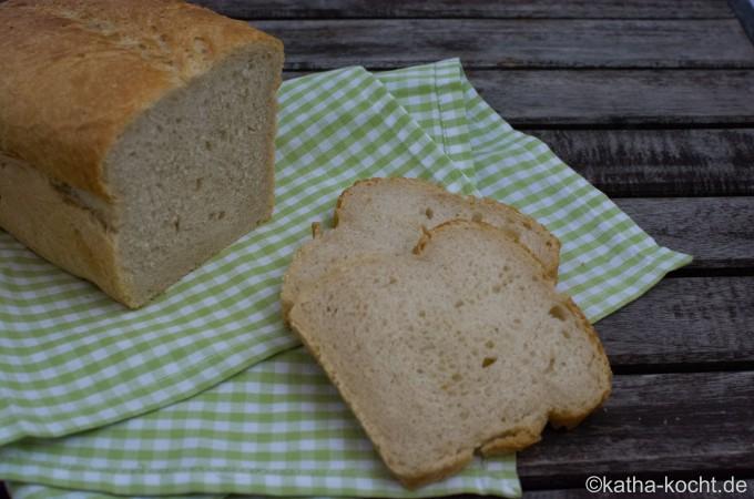Toastbrot_mit_Hefeweizen_ (12)