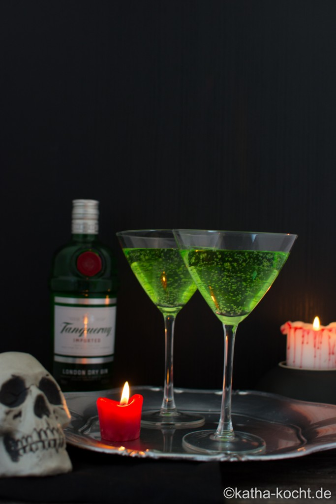 Halloween_Cocktail_Gin_Tonic_ (4)