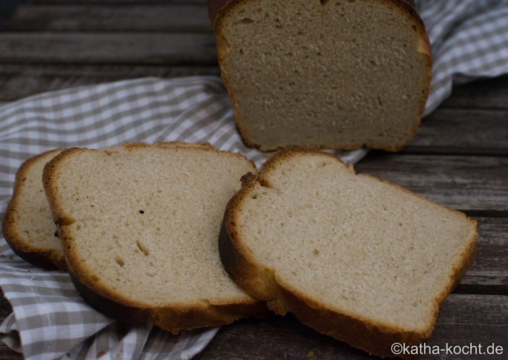Toastbrot_mit_saurer_Sahne_ (11)