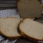 Toastbrot mit saurer Sahne