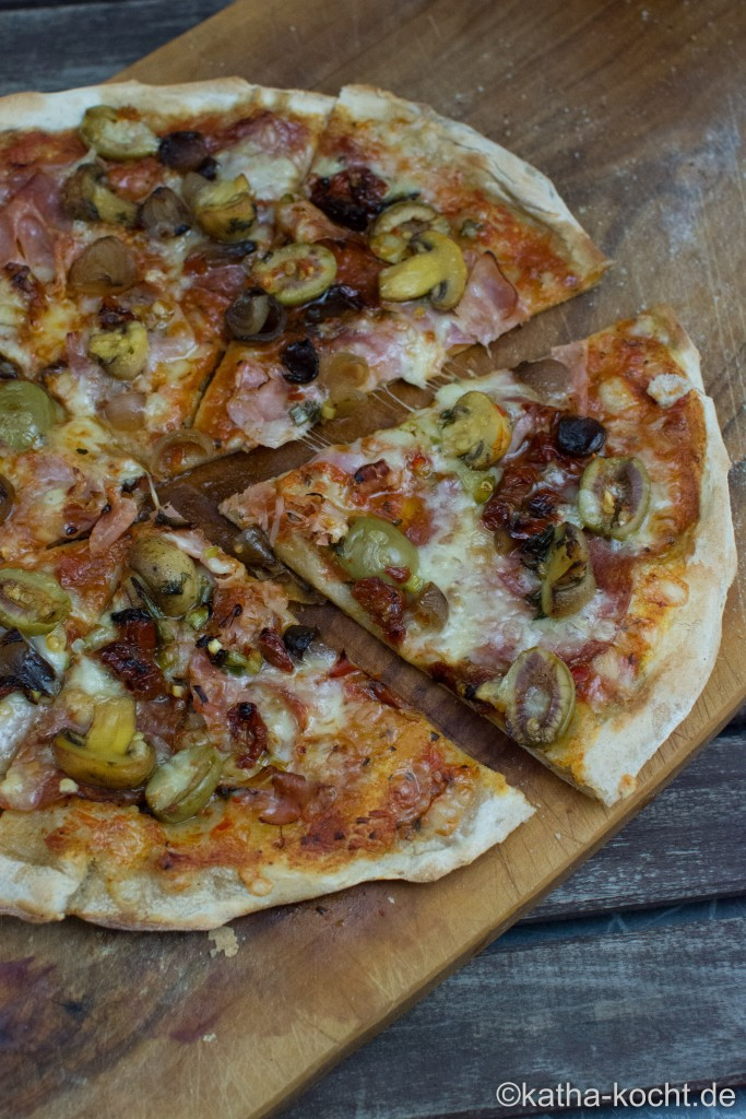 Pizza_mit_Antipasti_ (18)