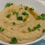 Auberginen Hummus und Hähnchenspieße