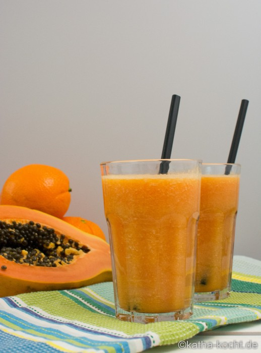 Papaya_Smoothie_mit_Kokoswasser_ (11)