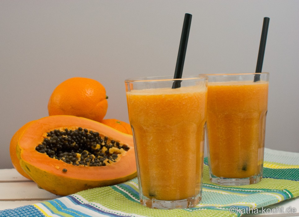Papaya_Smoothie_mit_Kokoswasser_ (9)