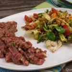 Klassisches Tartar mit knackigem Salat