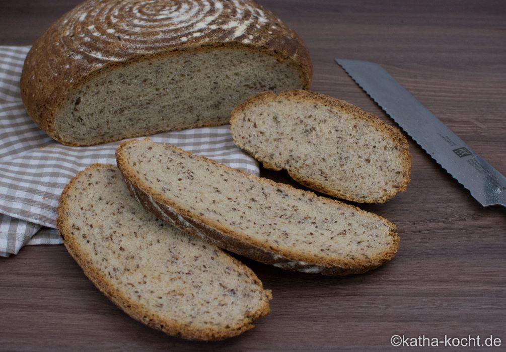 Brot_aus_dem_Römertopf_ (7)