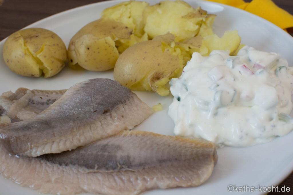 Matjes_Mit_Kartoffeln_und_Frühlingsquark_ (3)