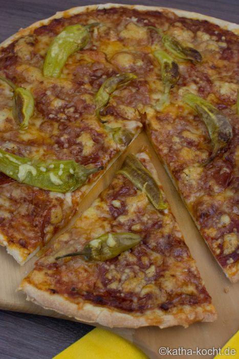Pikante_Chorizo_Pizza_ (12)