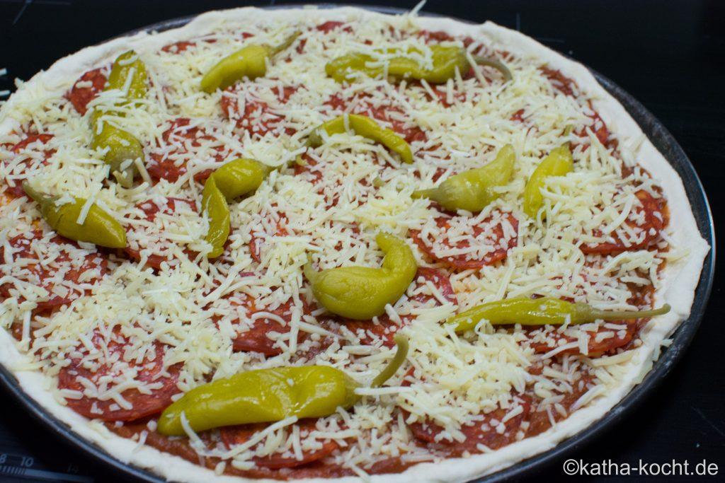 Pikante_Chorizo_Pizza_ (3)
