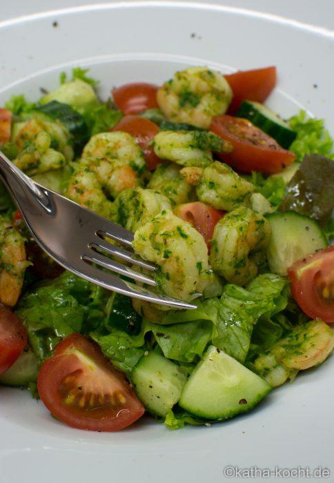 Salat_mit_Estragon_Garnelen_ (15)