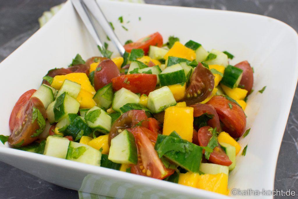 bunter_mango_gurke_salat_-1