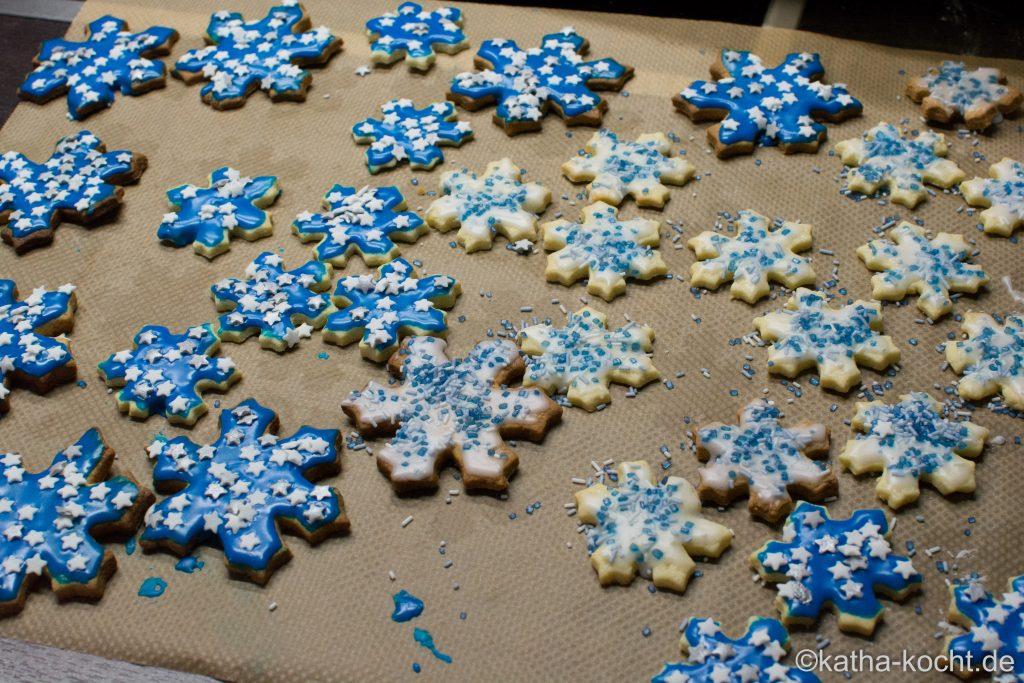 Marzipan Schneeflocken-Plätzchen