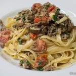 Linguine mit Hackfleisch in Parmesan-Sahne Sauce