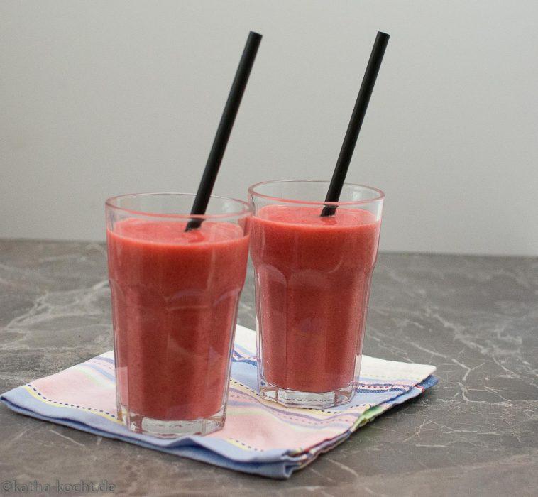 rdbeere-Banane Smoothie mit extra Vitamin C