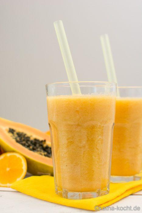 Papaya-Orange Smoothie mit Honigmelone