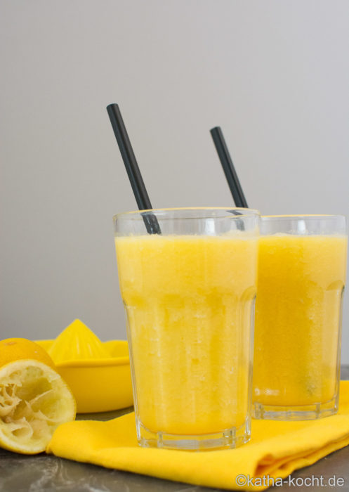 Mango-Ananas Smoothie mit extra viel Viatmin C