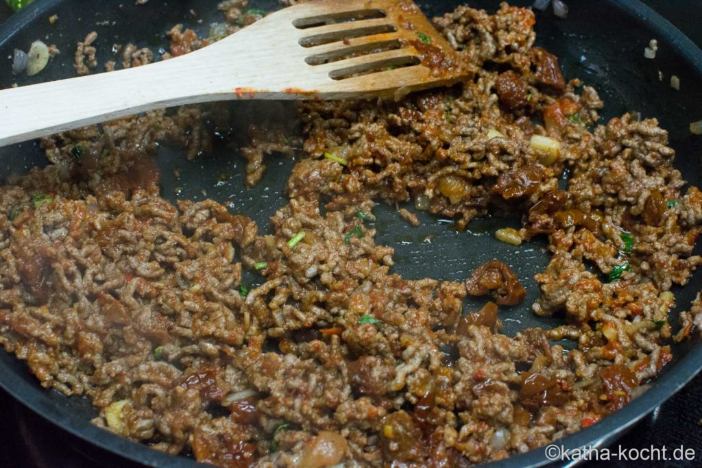 Gnocchi mit Hackfleisch, Süßkartoffel und Ziegenfrischkäse