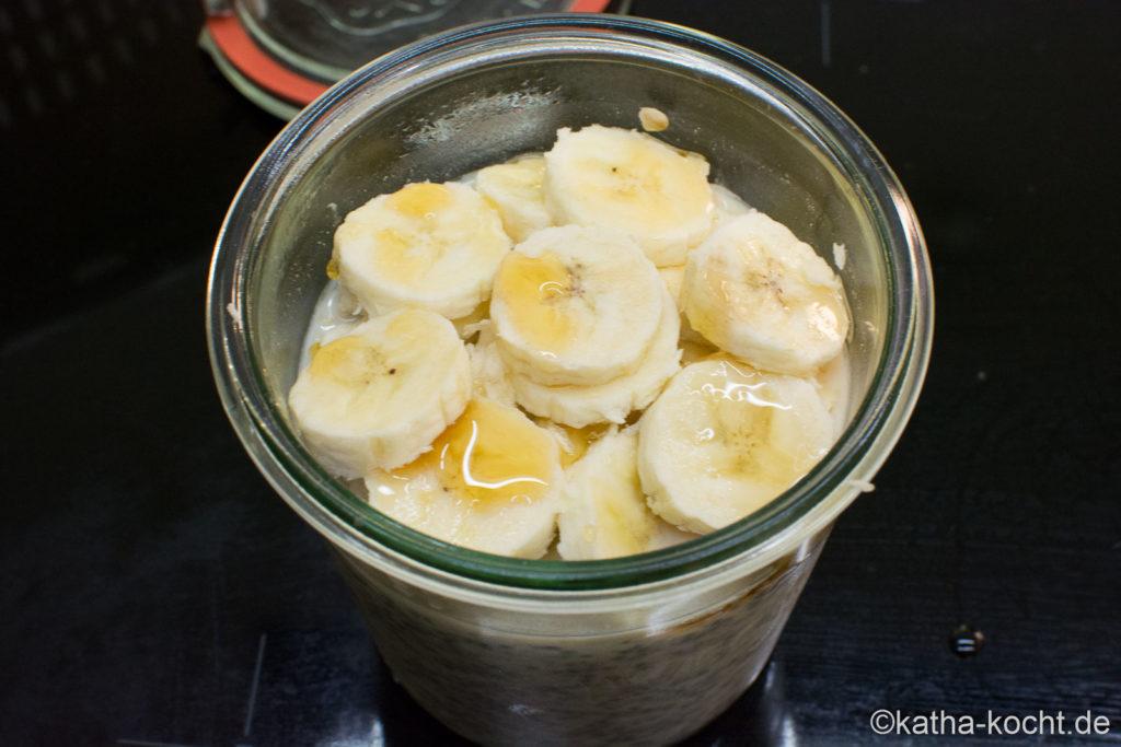 Chia Overnight Oats mit Banane und Kraftstoff