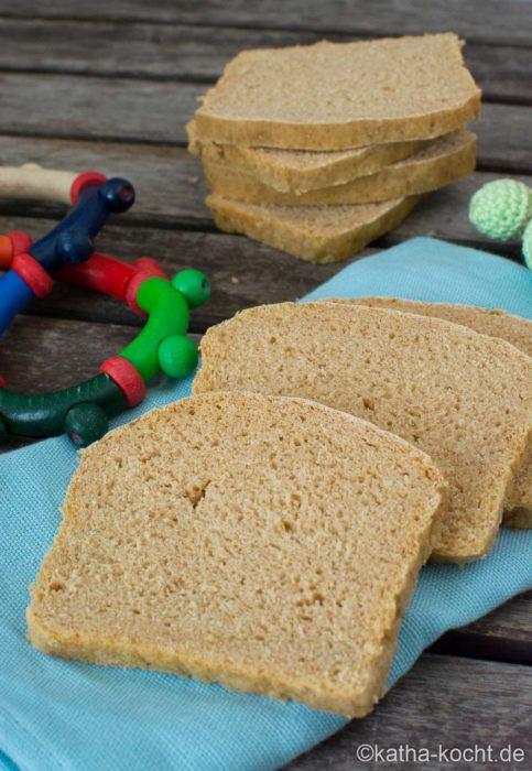 Brot für Babys selber backen - ohne Salz und Zucker
