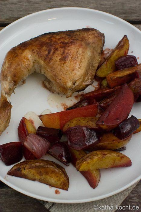 Hähnchenkeulen mit Balsamico Ofengemüse