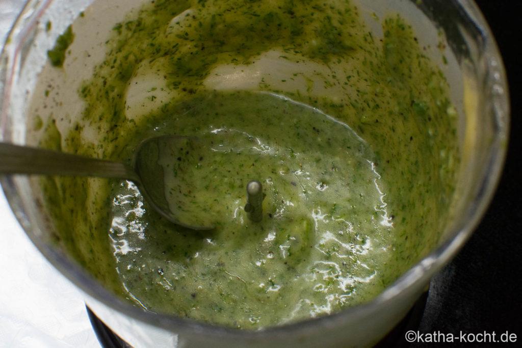 Lachs vom Grill mit Honig-Senf Marinade und Dill