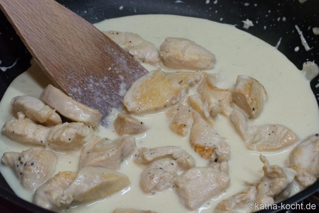Einhorn-Pasta mit roter Bete