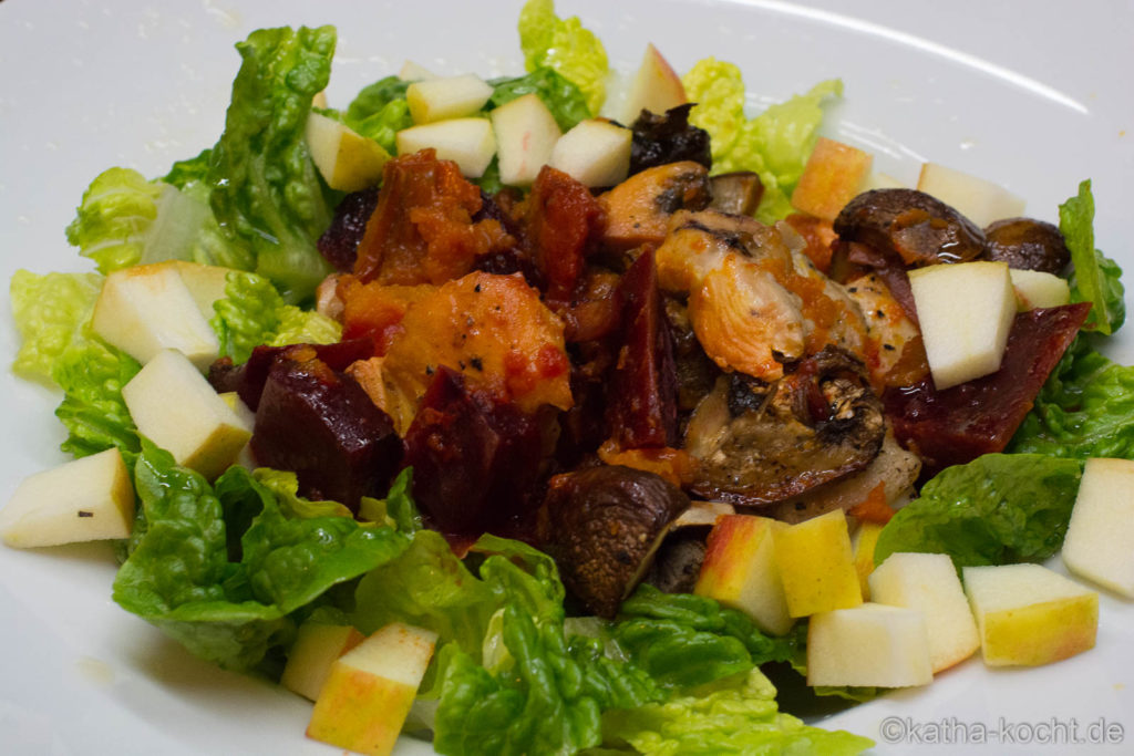 Herbstsalat mit Ofengemüse