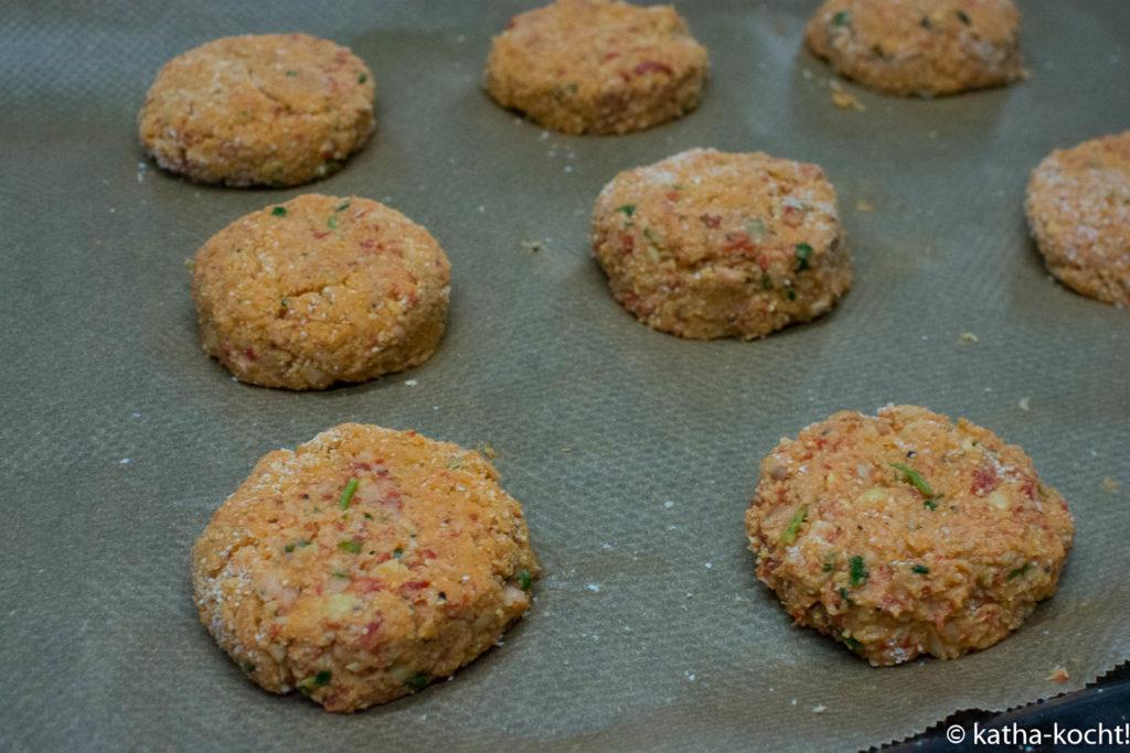 Leichter Salat mit Ofen Falafeln
