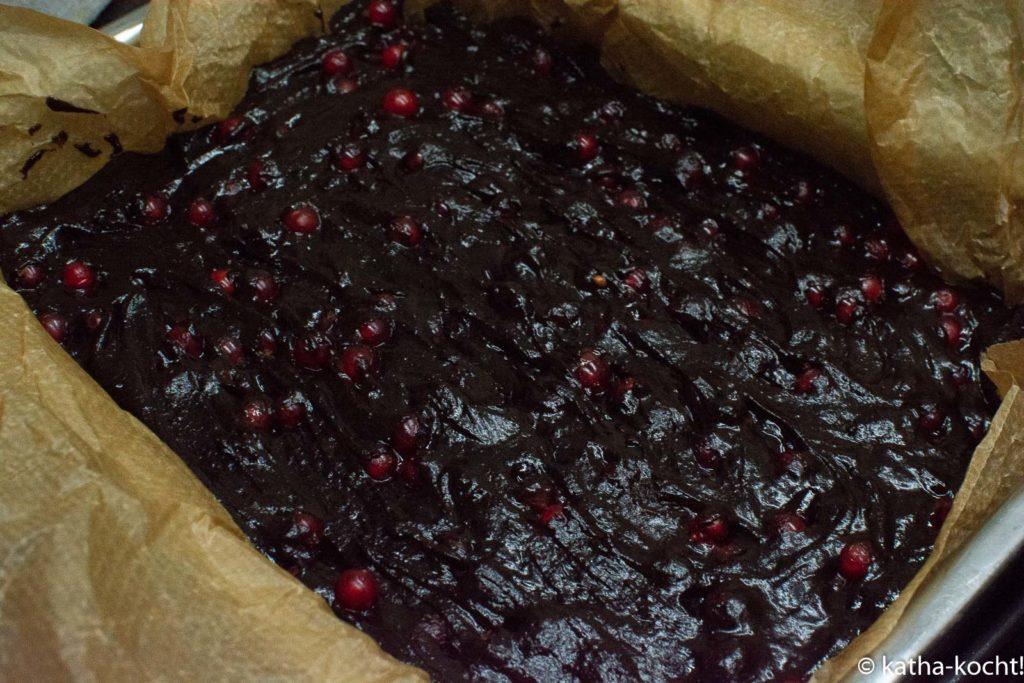 Johannisbeer-Brownies ohne Ei