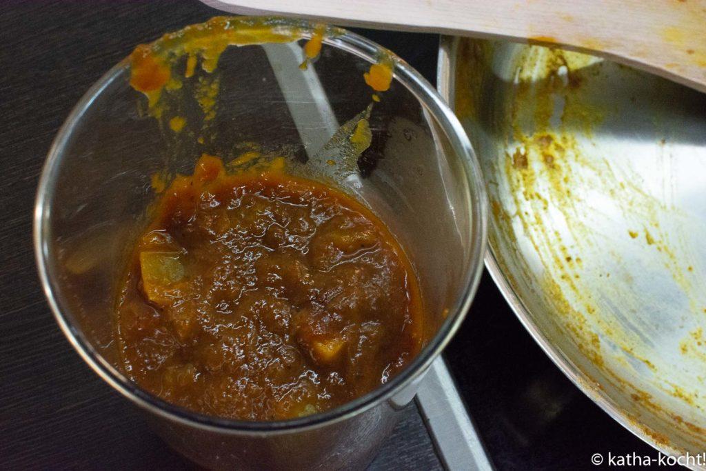 Mango-Curry Ketchup