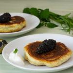 Kräuter-Pancakes mit Attilus Kaviar – Kooperation