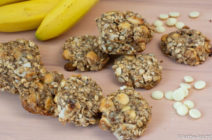 Haferflockencookies mit weißer Schokolade